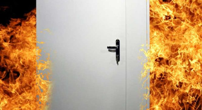 Как выбрать противопожарную дверь: основные аспекты